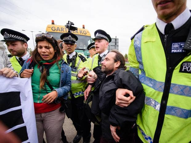 pp-dsei-2015-protest-getty.jpg