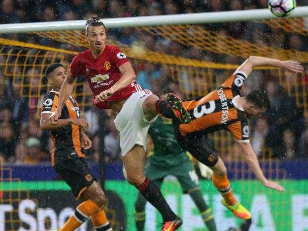 Manchester United's Will Keane to have medical ahead of Hull City move