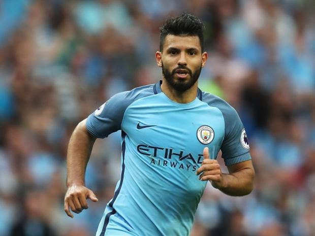 Sergio Aguero may miss Manchester derby after elbowing Winston Reid