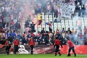 http://hrvatskifokus-2021.ga/wp-content/uploads/2016/06/croatia_fans.jpg