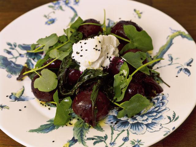 Beetroot and sorrel salad with yoghurt and nigella seeds