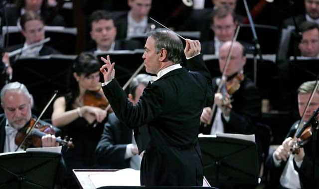 Grand scale: Valery Gergiev's forceful interpretation of Mahler with the LSO was a mixed success