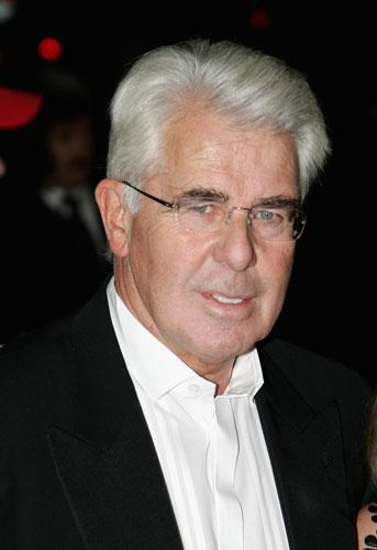Max Clifford's relationship with Robert Murat has soured after Murat hired another PR company to deal with his libel case