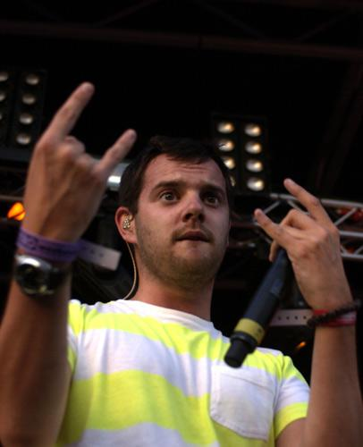 The unmistakable sound of The Streets' Mike Skinner can be detected on raucous rock 'n'roll tracked recently leaked on the internet. His rumoured partners in crime are...
