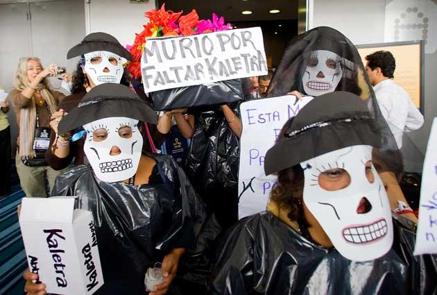 HIV patients protest during an International AIDS/HIV Conference in Mexico City