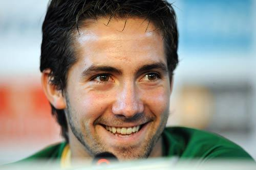 Everton are desperate for new signings with Joao Moutinho top of their list