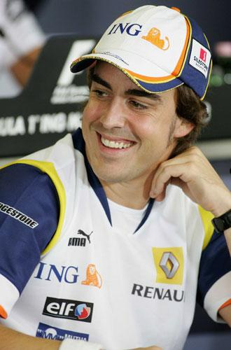 Alonso: 'I am reviewing whether to stay with Renault for another year'