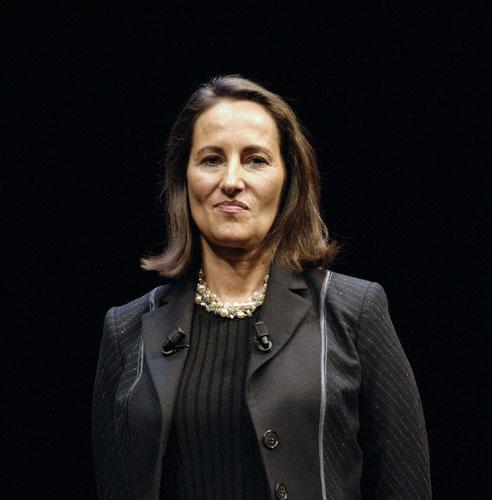 Ségolène Royal faces a challenge from Bertrand Delanoë the mayor of paris for the leadership of the Socialist Party