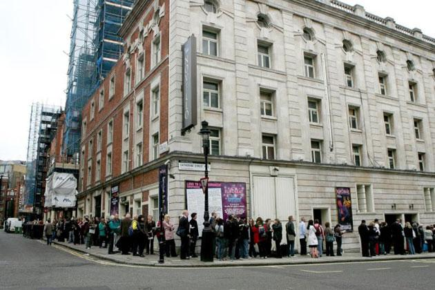 Fans queued around the block to get tickets for the show