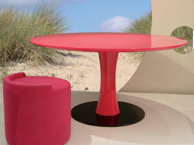 Plage round table
