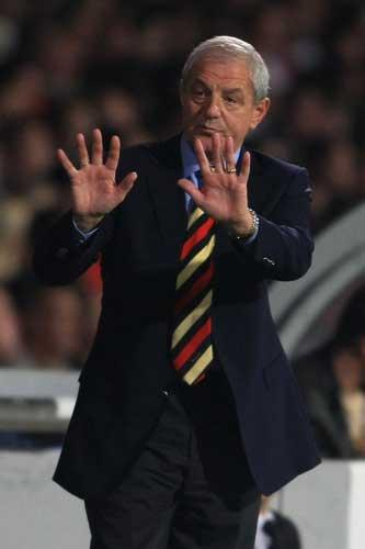 Rangers'  Walter Smith faces several selection decisions ahead of tonight's League Cup tie at Partick Thistle