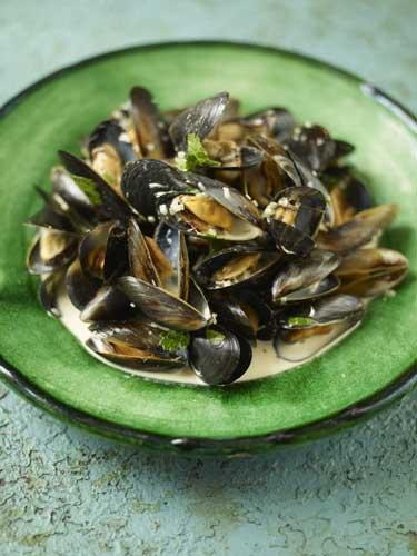 The classic French dish, moules marinières