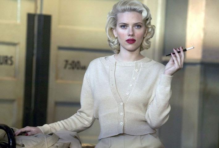Scarlett Johansson lights up on screen in the film 'The Black Dahlia'