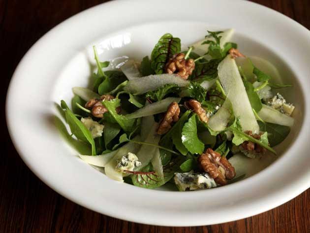 Conference pear, Barkham blue and walnut salad