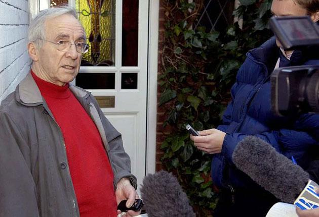 Andrew Sachs outside his home in north London yesterday after Russell Brand and co-presenter, Jonathan Ross, left obscene messages on Sachs's answering machine