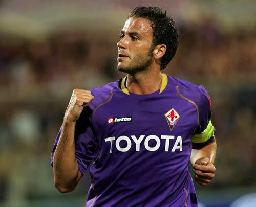 Pazzini who is well-known to West Ham manager Gianfranco Zola from his time with the Italian Under-21 side