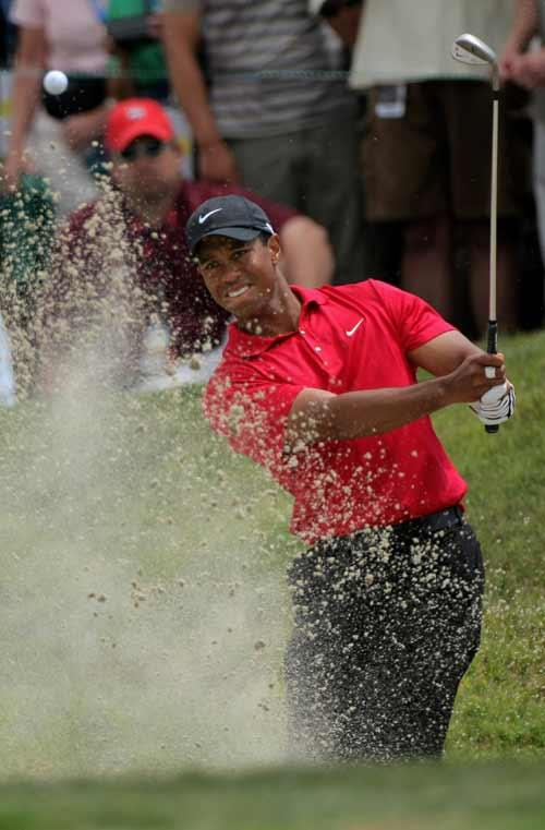 Tiger Woods has an uneasy relationship with Phil Mickelson