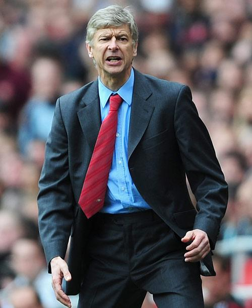 Wenger admits his faith in referees has been tested by Poll's comments