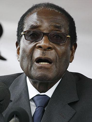 Zimbabwe's main opposition leader today said he is to meet with President Robert Mugabe in the next week to try to resolve their crippled country's political impasse.