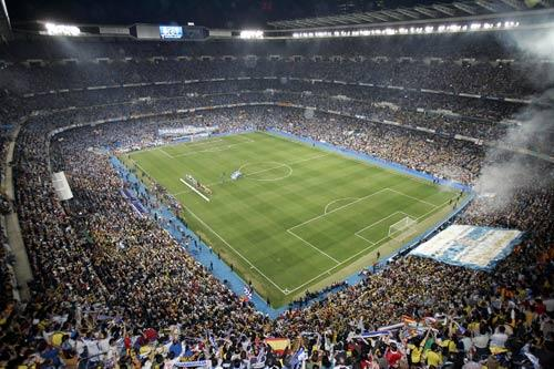 Real Madrid's Bernabau stadium would be a likely venue if the bid is successful