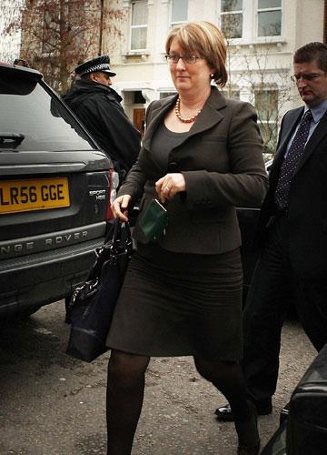 Jacqui Smith arriving at her sister's home in London yesterday