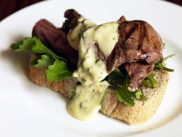 Lamb's heart sandwich with rocket and wild garlic mayonnaise