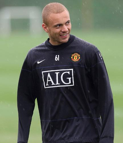 Wes Brown may be fit for Manchester United's Champions League semi-final first leg against Arsenal