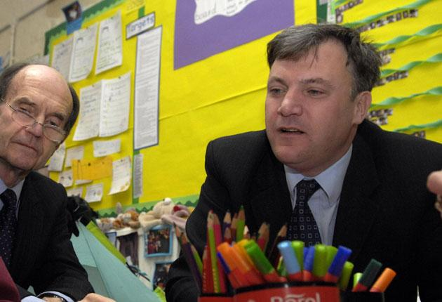 Head teachers are expected to vote for a boycott next year of Schools Secretary Ed  Balls' plan to test seven and 11-year  olds next year