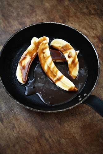 Bananas with butterscotch sauce is rich, but the bananas give a fresh, slightly lemony taste, balancing out the intense sweetness of the sauce