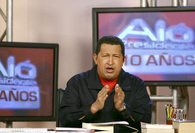 President Chavez presents Alo Presidente on the opening day of the programme's anniversary edition