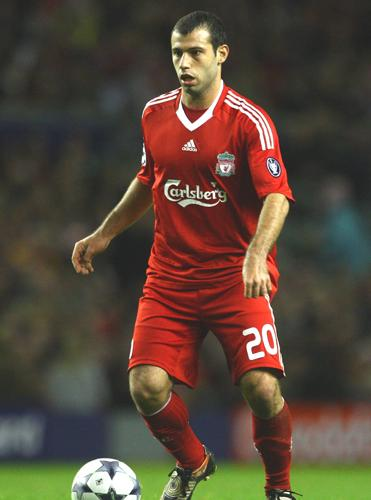 Liverpool's Rafa Benitez said that Barcelona could not afford Javier Mascherano