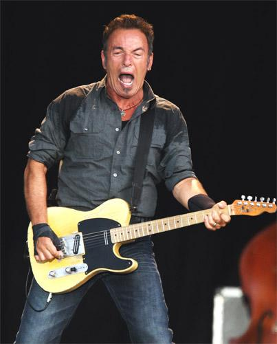 Virile performance: Bruce Springsteen