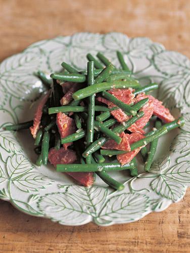 Salt beef and green bean salad