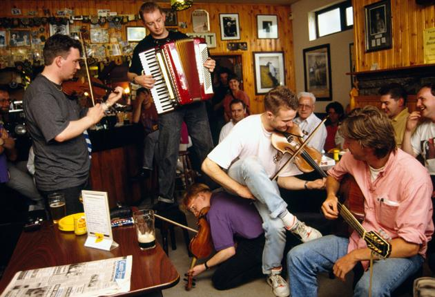 A law introduced in 2003 has created too much red tape around live music, say landlords