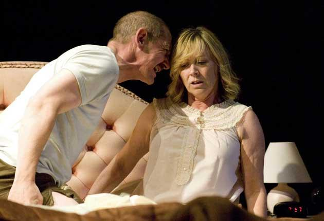 Dream performances: Ian Hart and Lindsey Coulson