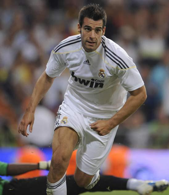 Hull are hopeful of adding Real Madrid's Alvaro Negredo to the squad