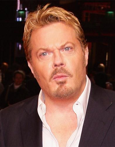 Eddie Izzard insists he won't be convinced to take to the stage