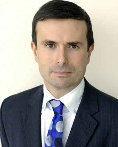 BBC Business editor Robert Peston will take part in Cancer Research UK's 'Turn The Tables' event next month