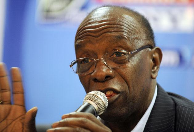 Jack Warner has hit back at those who criticised his views on England's World Cup bid