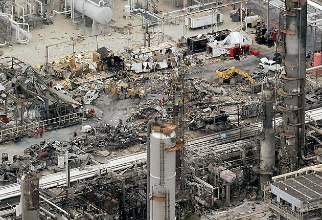 A birds eye view of the wreckage at the BP facility in Texas City after the 2005 explosion