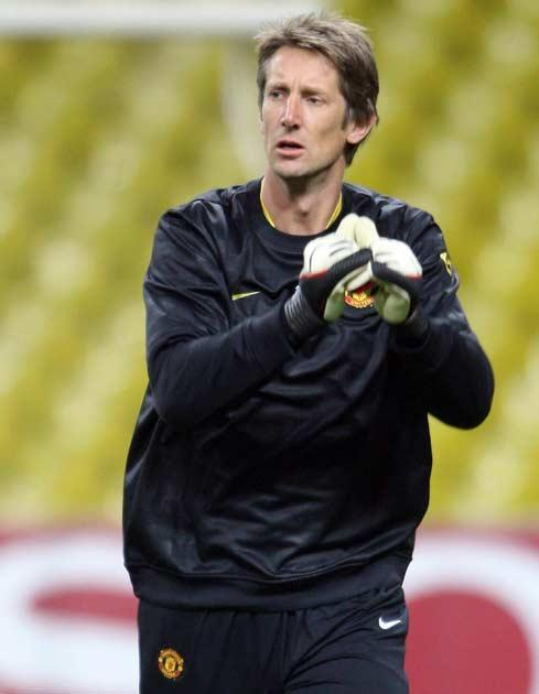 Van der Sar is delighted that United are not struggling to progress in Europe