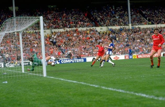 <b>1986, Everton 1 Liverpool 3, FA Cup Final</b><br/> The first of two all-Merseyside final meetings in the space of four seasons. The sides were vying for supremacy in the league but the Blues missed out and had the chance for revenge at Wembley. Gary Li