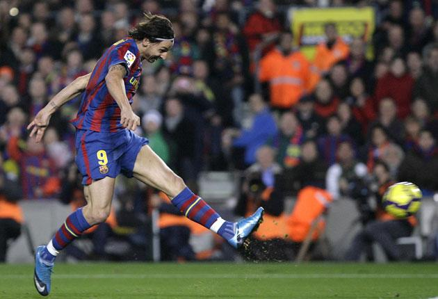 Zlatan Ibrahimovic fires home the only goal of 'El Clasico'