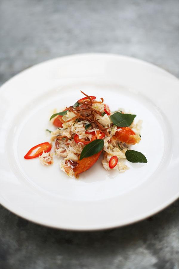 Crab salad with chilli, pumpkin, curry leaves and lime