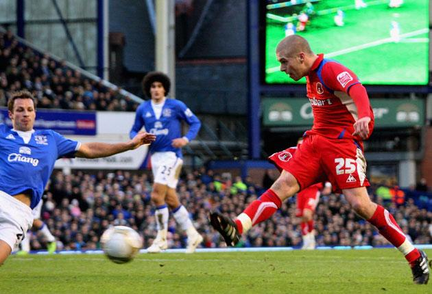 Carlisle's Adam Clayton equalises but Tim Cahill and Leighton Baines ended their FA Cup dream