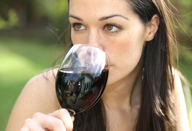 A daily wine drinker could cut their risk of bowel cancer by 7 per cent by swapping to wine with a lower alcohol content