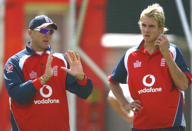 Allan Donald, left, giving advice to Stuart Broad during his spell as bowling consultant in 2007