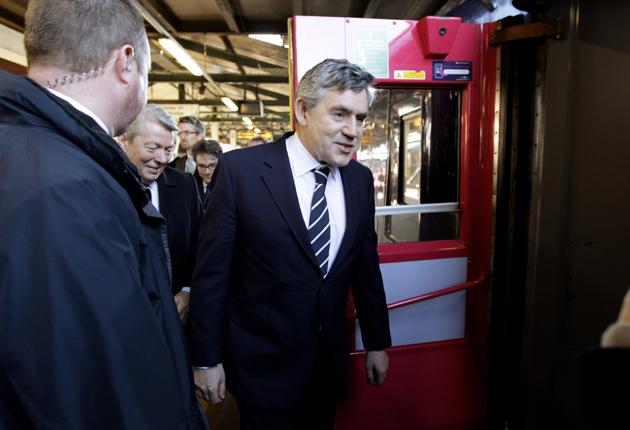 Gordon Brown in Reading yesterday; Labour has gained one point
