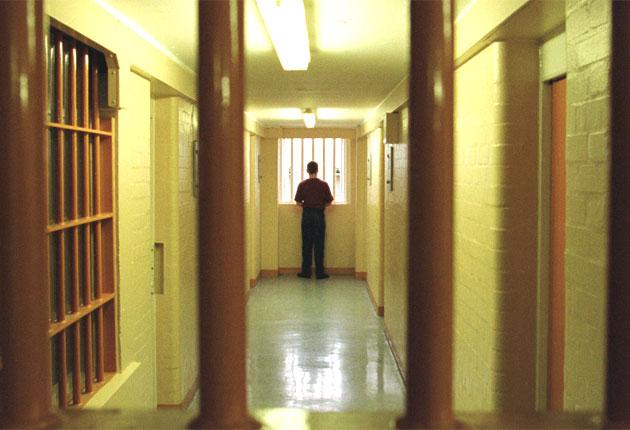 Many prisoners spend their days doing nothing, when they could be getting vocational training, says the NAO