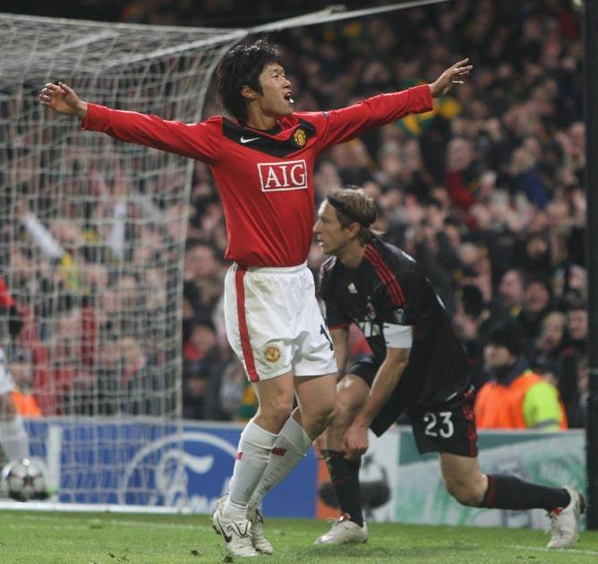 <b>Park Ji-sung</b> Enjoyed himself in the centre of a midfield three behind Rooney and took his goal well. 7